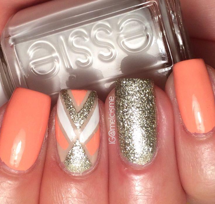 Striping tape nail design by Instagram user: melcisme #essie #tapemani #glitter #stripingtape