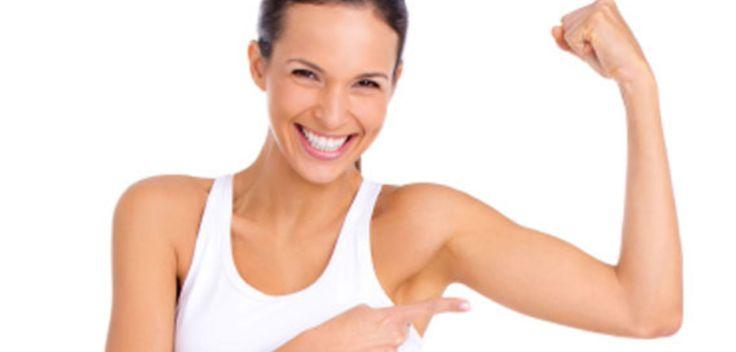 L'estate si avvicina, è il momento di far scomparire tutta la pelle molle dalle braccia facendo pochi ma efficaci esercizi per avere le braccia toniche.