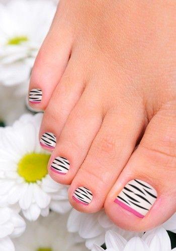 Zebra Toenail Art Design