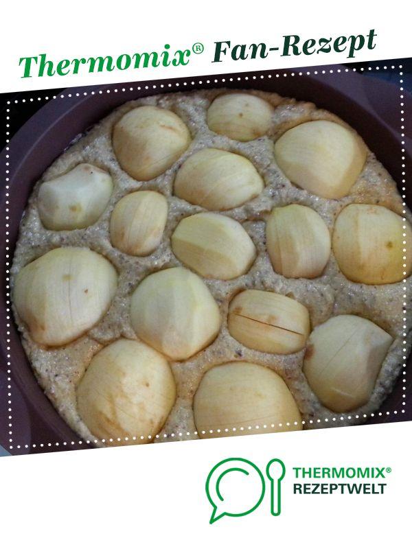 Saftiger Apfel Nuss Kuchen Rezept In 2019 Backen Kuchen Apfel