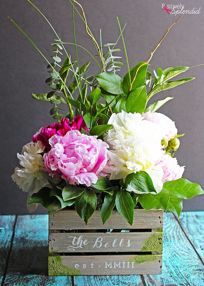 DIY Barnwood Flower Crate - Such a beautiful centerpiece idea from Positively Splendid!