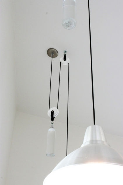 Betsy and chuck made this unique lighting system for the art studio the double pulley