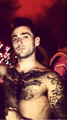 Jacob Hoggard. Lead singer of the Canadian band 'Hedley'.