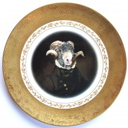 Fab upcycled Vintage decorative plate art