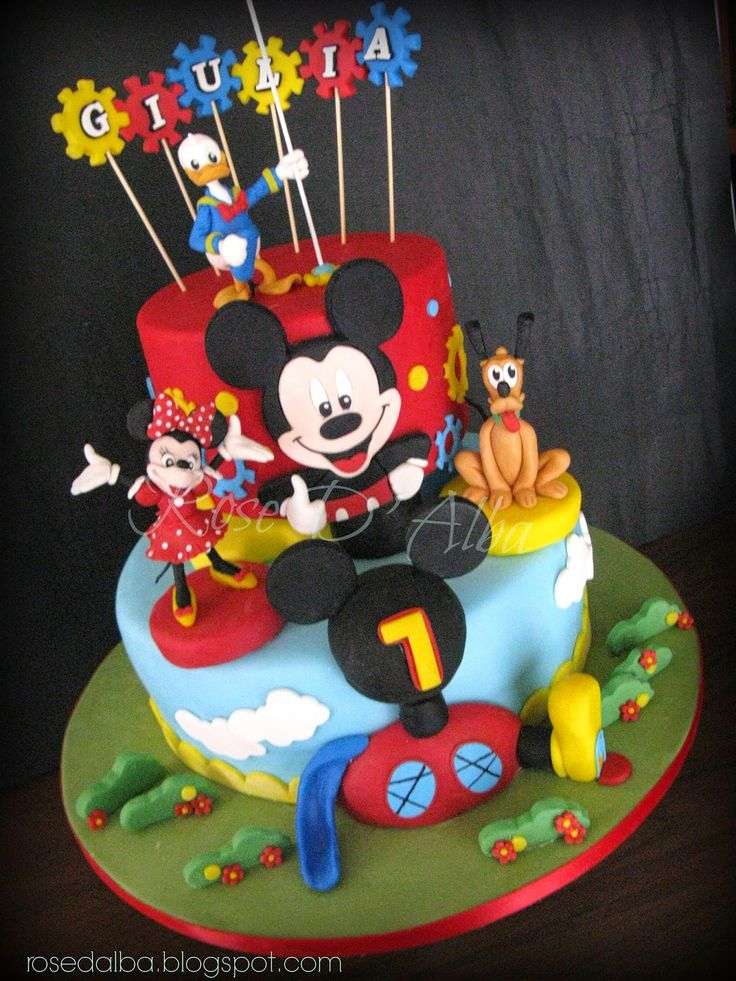 ROSE D' ALBA cake designer Disney cake: Topolino Pluto Minnie e Paperino