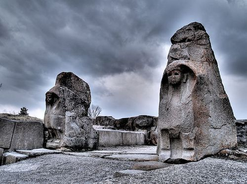 The very famous gate of two sphinxes of Hattusa, the capital of great Hittite Empire. This is the first empire that was centered in ancient Turkey. Hattusa, the legendary city is more than 4 thousand years old!!!!! Hittites were the first every Indo-european people. Their language is related to Latin, Celtic, Germanic, Baltic languages, etc. Anatolia