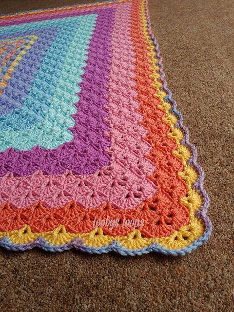 Ravelry: MyPicot #4025 pattern by MYpicot__squared shells blanket