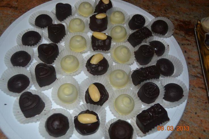 Cioccolatini: al cioccolato da pasticceria, al limoncello, alle fragole, alle mandorle, al caffè