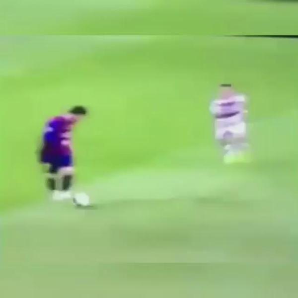 "Boateng  Messi Meme  champions semi final 6.5.15 From ""So lacht das Netz über FCB-Star Boateng"" story by BILD.de on Storify — https://storify.com/BILD/so-lacht-das-netz-uber-fcb-star-boateng"