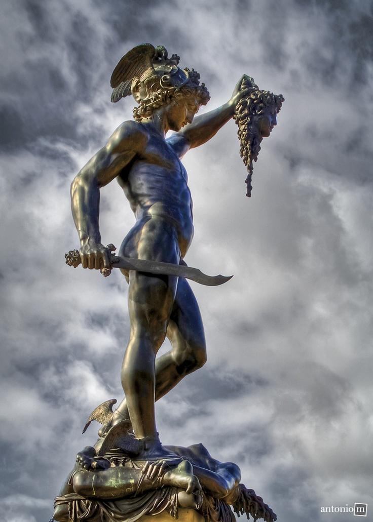 greek vs roman sculpture essays Greece and western civ essays:  greek sculpture was idealistic, but roman was  greek vs roman greek and roman influence on western civilization greek and roman culture greek and roman art history.