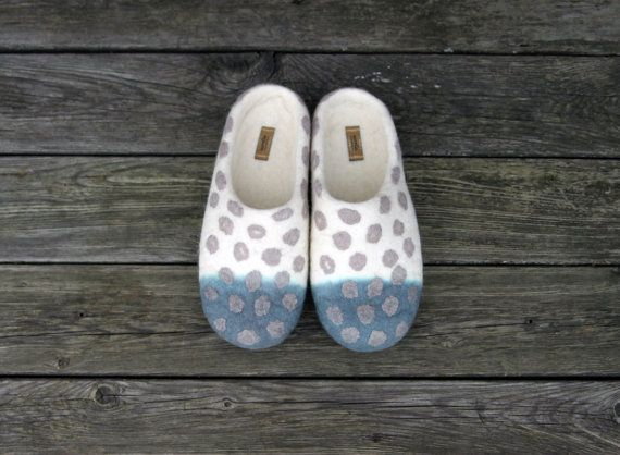 Hey, I found this really awesome Etsy listing at http://www.etsy.com/listing/155462884/felted-slippers-polka-dots-unisex-wool