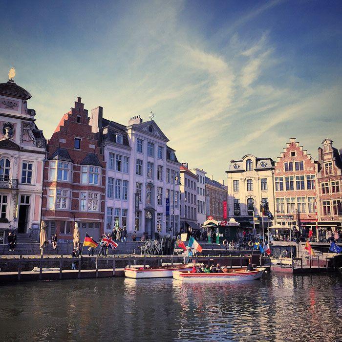 Gent, nelle Fiandre: http://www.thegirlwiththesuitcase.com/2015/05/weekend-romantico-fiandre-gent.html