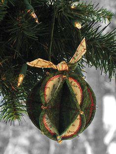 Fold 'n Stitch Holiday Ornaments Sewing Pattern