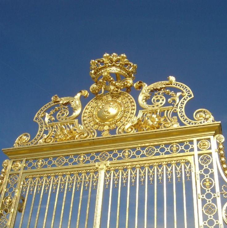 Chateau de Versailles, Paris, France.