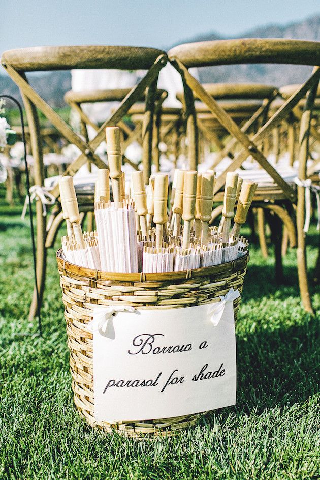 Beautiful Outdoor Wedding | Anita Martin Photography | Bridal Musings Wedding Blog