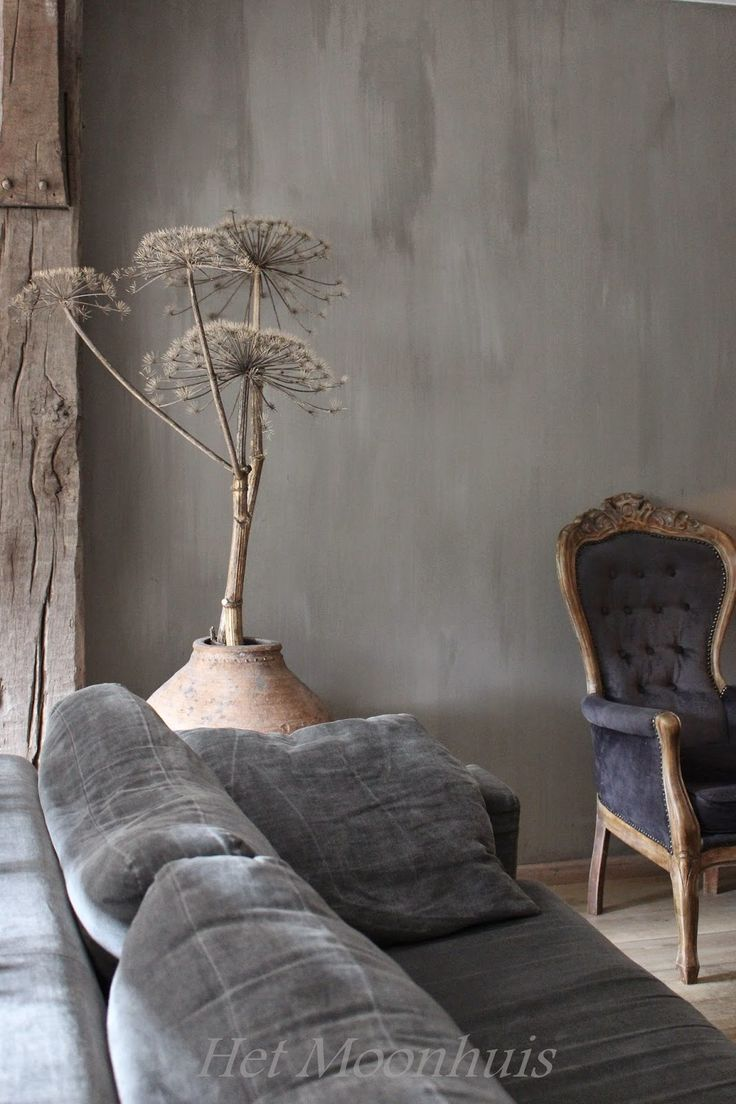 Not sure I'd want giant hogweed seeds anywhere near my house but love the grey velvet and the walls with the stripped timber