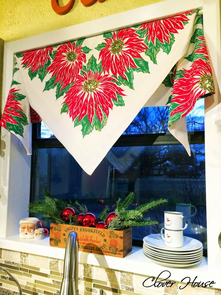 Clover House: Vintage Tablecloth Curtain - The Christmas Version