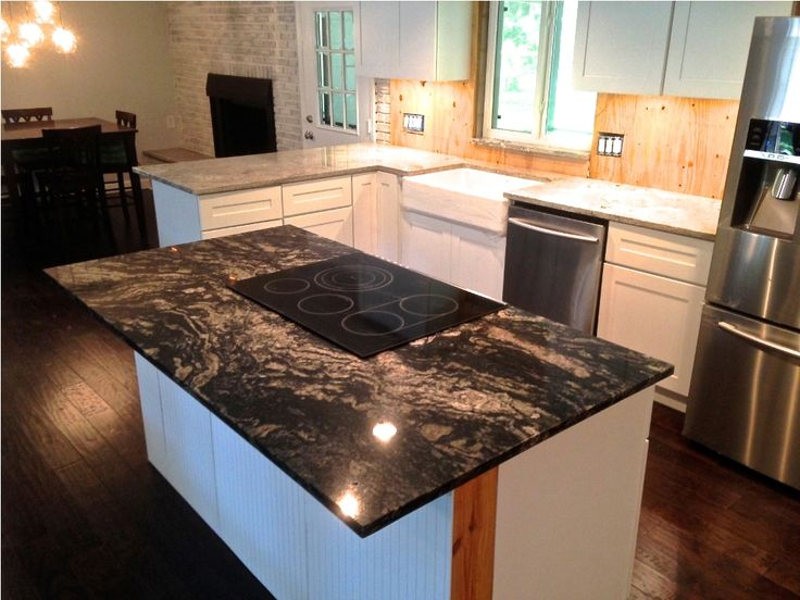 Best 25 beadboard backsplash ideas on pinterest for Black beadboard kitchen cabinets