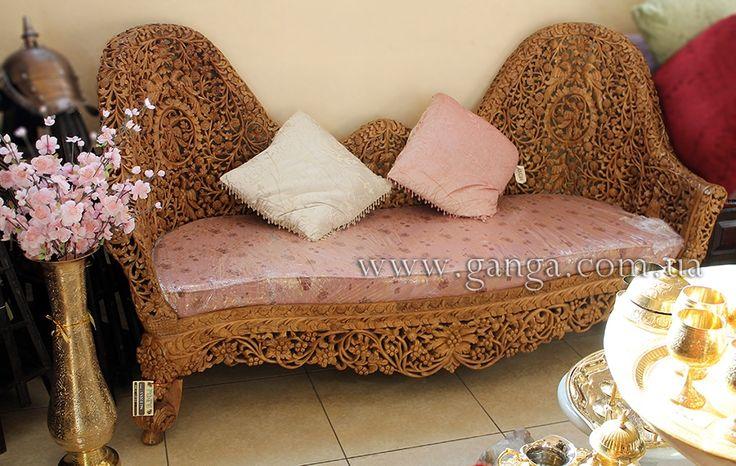Диван в викторианском стиле | Диваны | Индийская мебель | Компания Ганга