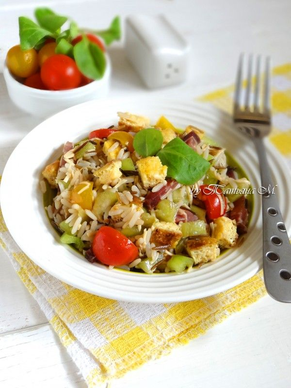 Ensalada de arroz (испанский салат с рисом и жаренными яйцами) в кулинарном блоге Татьяны М. Рецепты испанской кухни.