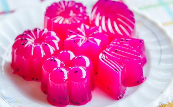 Conheça os benefícios da gelatina de algas marinhas. Além de conter nutrientes, ajuda a promover a saciedade. - Veja mais em: http://www.maisequilibrio.com.br/nutricao/agaragar-alternativa-a-gelatina-e-rica-em-colageno-2-1-1-853.html?pinterest-mat