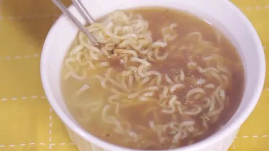 3 simple ways to make ramen noodles in the microwave