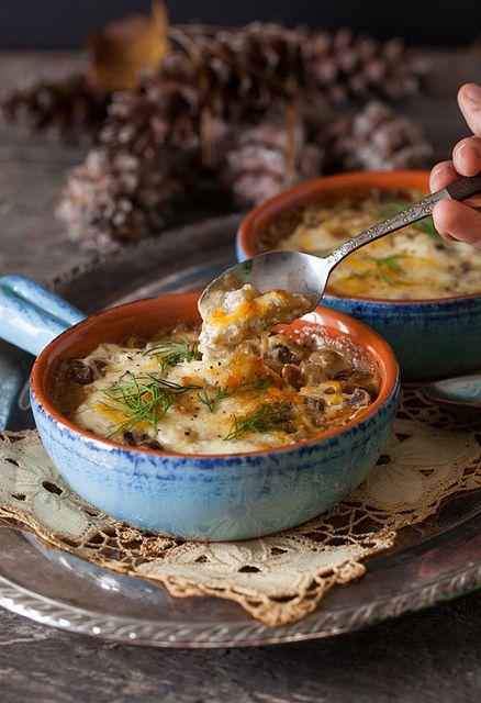 "Russian Monday: Mushrooms with Sour Cream Sauce - ""Gribi v Smetane"" #mushrooms, #appetizer, #sour_cream Russian food recipes"