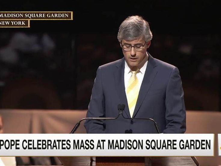 Mo Rocca Opens for the Pope