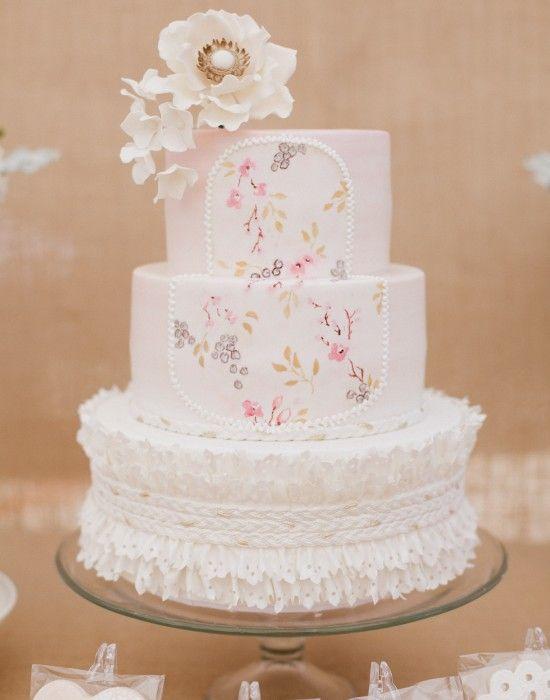 Charming floral cake....       ᘡղbᘠ