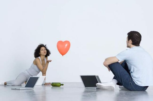 Let us try to see why to use online #dating sites and how to use them effectively