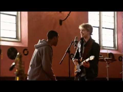 Freddie Stroma - Knockin' (MUSIC VIDEO) HD - YouTube