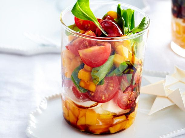 Unser beliebtes Rezept für Mango-Mozzarella-Salat-Trifle im Glas und mehr als 55.000 weitere kostenlose Rezepte auf LECKER.de.