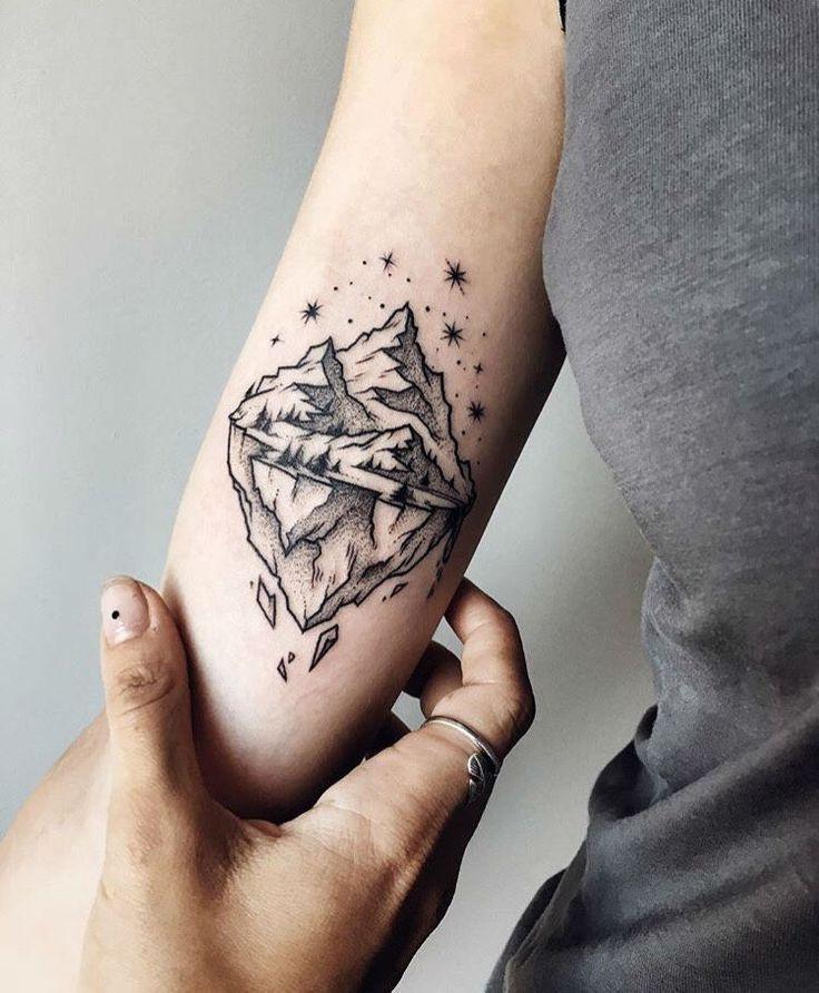 Tattoos On Pinterest: Best 25+ Geometric Mountain Tattoo Ideas On Pinterest