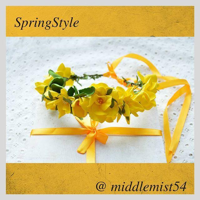 WEBSTA @ middlemist54 - Рубрика #каталог_middlemist54Веночек Yellow в наличии.🌻🌻🌻 При желании, изменим цвет под ваш наряд!💃 ✅ Данная моделька в наличии.⠀⠀⠀⠀ 📞 Для покупки пишите или звоните 89231085595Все модели вы можете посмотреть в группе, указанной в личной информации.#миддлемист54 #вдохновение_middlemist54 #цветочные_веночки #аксессуары #accesorise #beautiful #веночек_из_цветов #цветочный_браслет #браслет_подружкам_невесты #stylish #бм #бизнесмолодость #ПолкДашкиева #полкосипова