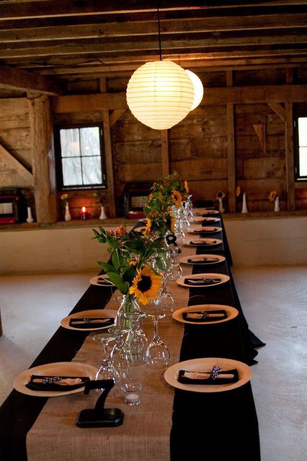 Rustic Barn Wedding Black tablecloth with burlap.  Love the colors