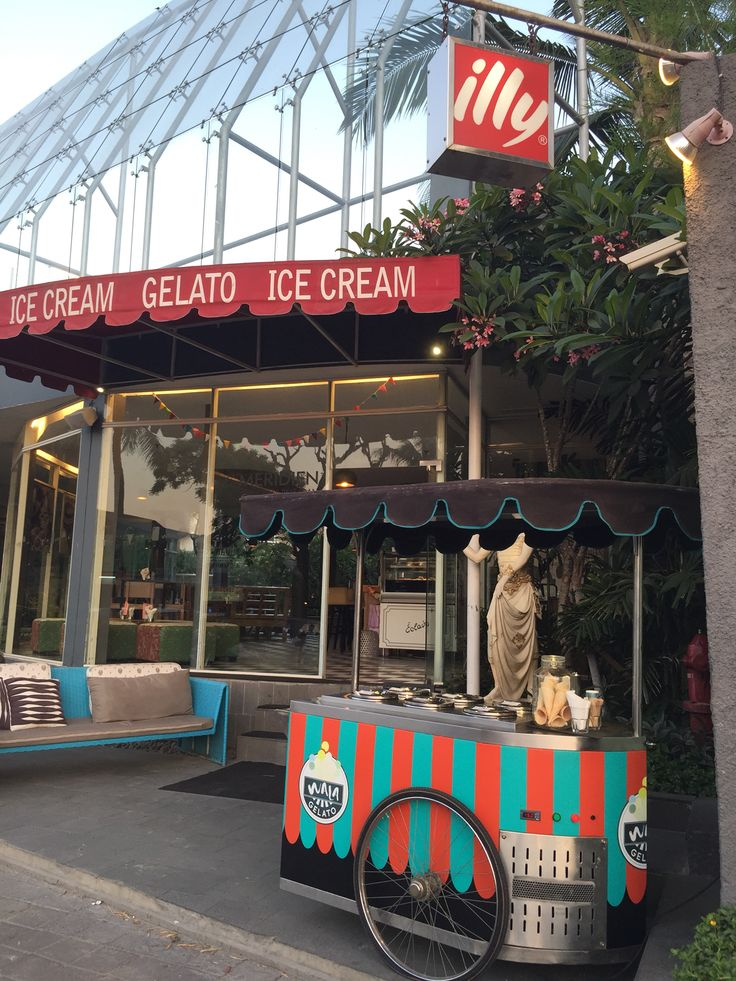 Jimbaran is well known with seafood destination in Bali. After enjoying your seafood and sunset, try our famous Gelato, Ice Cream, and Coffee at Wala of #LeMeridienBaliJimbaran @lemeridienbali located just right in front of #JimbaranSeafood #Jimbaran #jimbaranbeach #jimbaranbay #Bali #seafood #TheBaliGuru #wanderlust #thebalibible #lemeridien #starwoodhotels