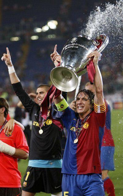 Puyol y Valdés han recorrido un largo camino juntos.Barça-Manchester United. Final. Champions League 2008-2009. Los futbolistas y técnicos d...