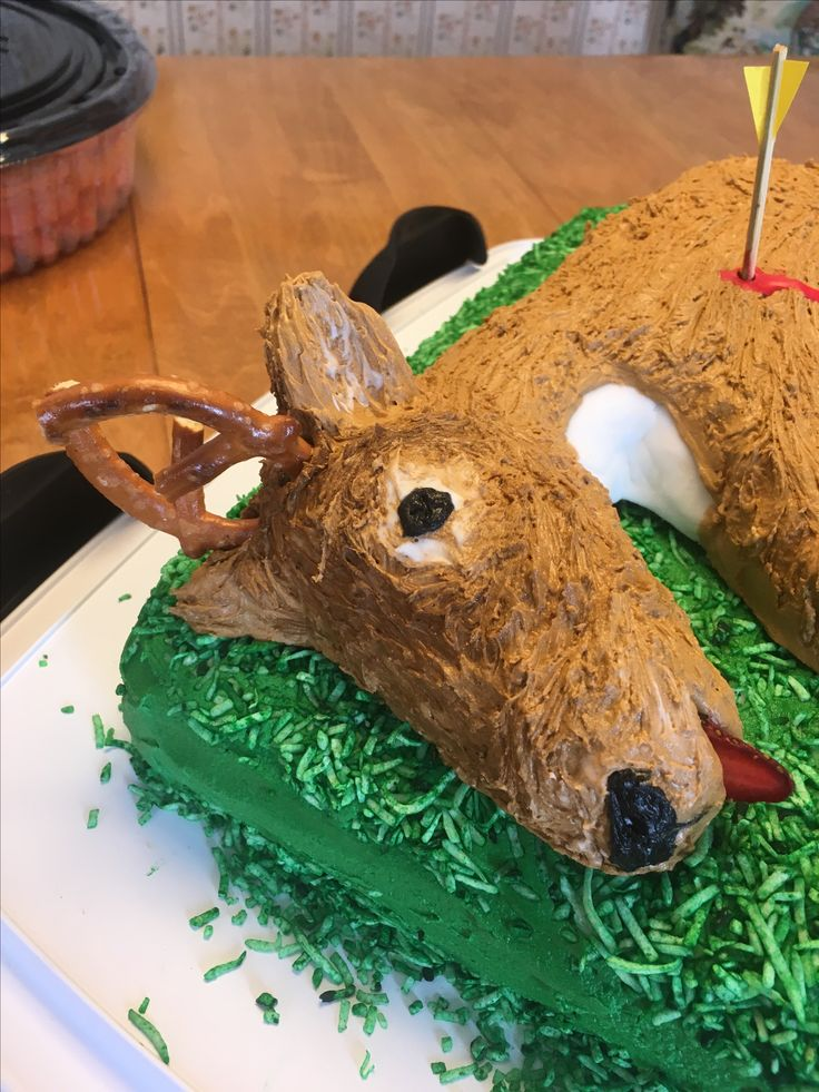 Dead deer - Hunting theme party