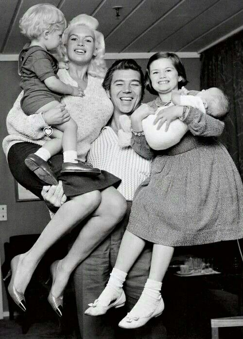 Jayne mansfield with their children jayne marie , miklos & zoltan