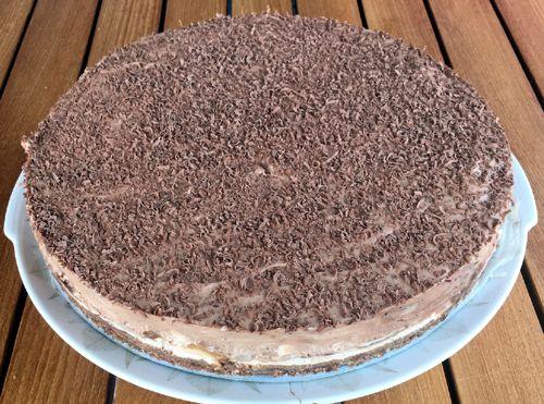 #Chocolade-salted #karamel #cheesecake met #roomkaas, #slagroom, pure chocolade en gezouten #karamelsaus.