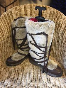 Fur High Knee Walking Boots Size 7   | eBay