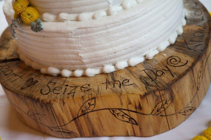 cake stand carved from a tree stump more wedding stuff. Black Bedroom Furniture Sets. Home Design Ideas