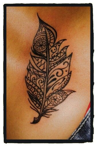 #Mindhi #Pluma #Tattoo