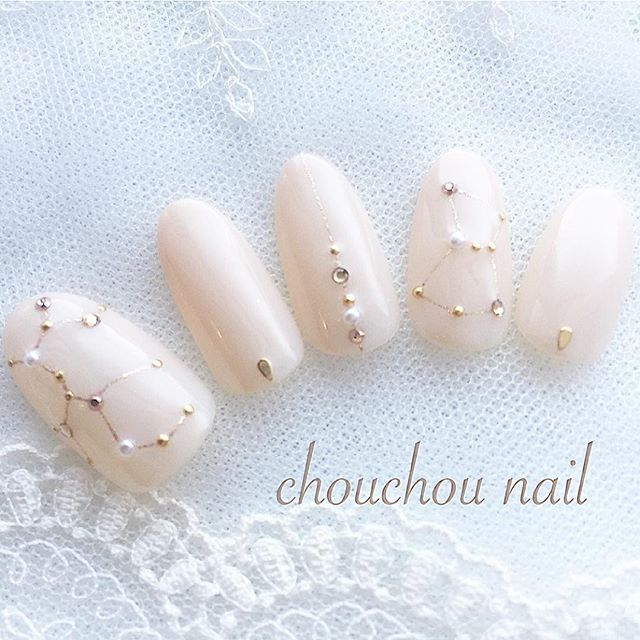 White night constellations nail art