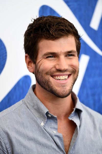 Austin Stowell Photos Photos - Actor Austin Stowell attends the photocall of 'In Dubious Battle' during the 73rd Venice Film Festival at Palazzo del Casino on September 3, 2016 in Venice, Italy. - 'In Dubious Battle' Photocall - 73rd Venice Film Festival