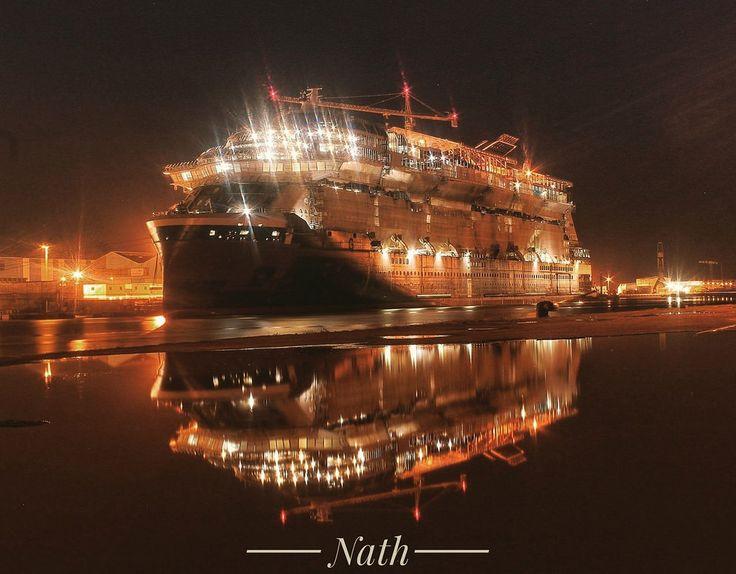 https://flic.kr/p/FS9oGy | Ça brille sur le port de Saint Nazaire⭐⭐