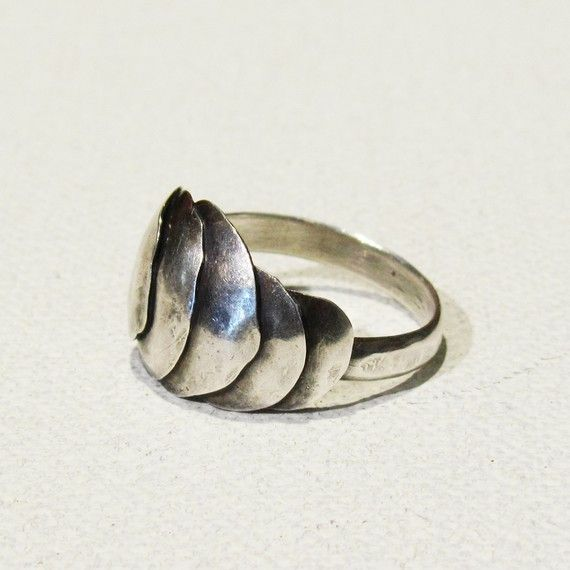 Sterling Silver Ring / a1000kisses etsy shop