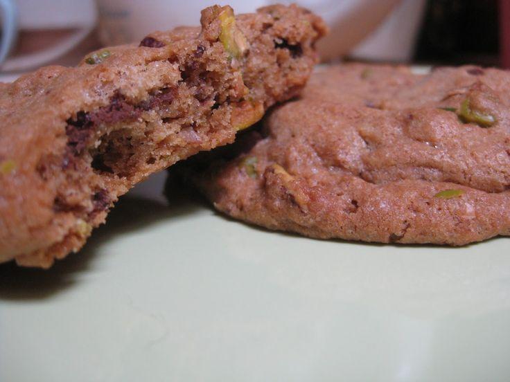 Overspringshandlingen: Dark Chocolate & Pistacio Cookies - På Dansk