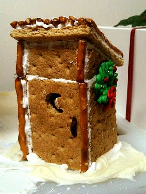 to go along with the little gingerbread house!!