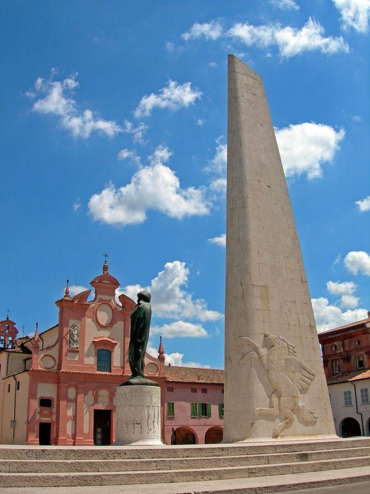 monumento dedicato a Francesco Baracca